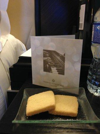 Rosewood Hotel Georgia: In Room treats
