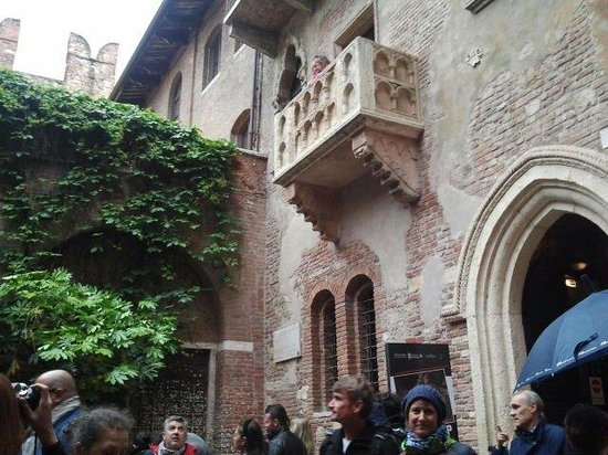 Casa di Giulietta: balcony