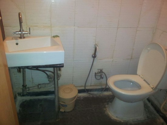 T.A.P. Silver Square: An actual toilet