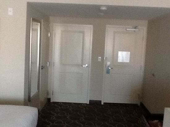 Hilton Garden Inn Los Angeles Marina Del Rey: door to,the left was bath, middle was closet and right was to hallway