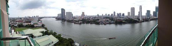 Chatrium Hotel Riverside Bangkok: View From Balcony
