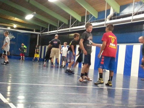 La Grande Inn: wrestling camp