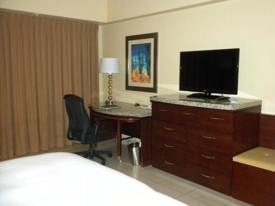 Caribe Hilton San Juan: Very nice room, clean and well-kept.