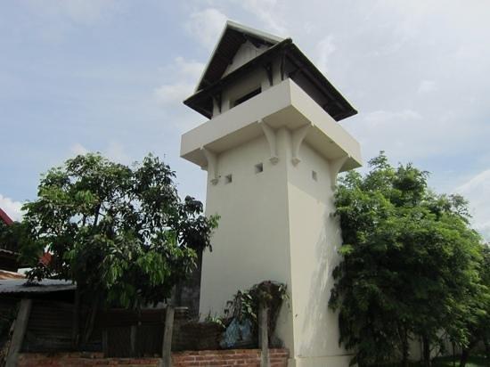 Sofitel Luang Prabang Hotel : 昔の監視塔の名残り?