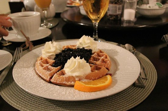 Evergreen B & B: Belgian Waffles with Blueberries