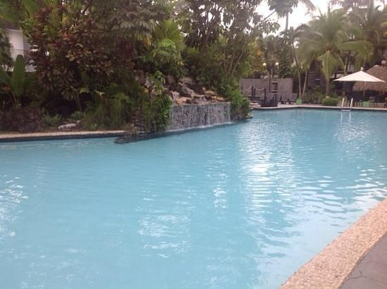 Riande Aeropuerto: poolside area
