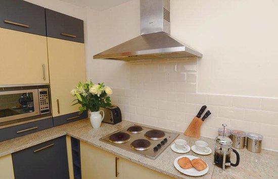 Holyrood apartHOTEL: Interior