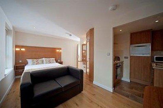 Holyrood apartHOTEL: Studio