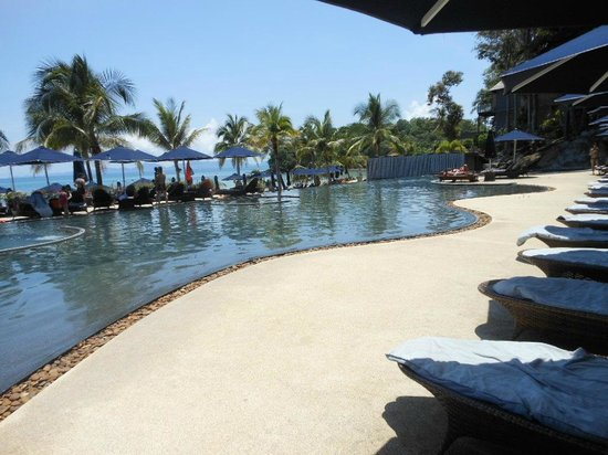 Beyond Resort Krabi : Multi-depth pool with jacuzzis