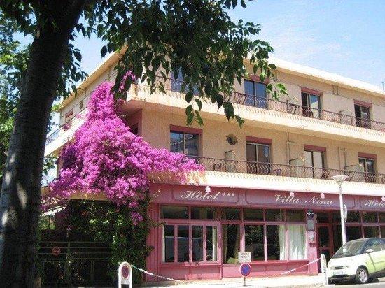 Hotel Villa Nina: exterior view
