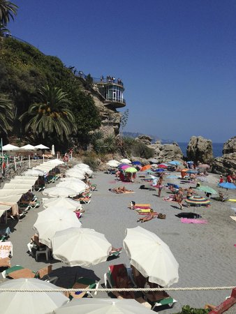 Hotel Balcon de Europa: The beach