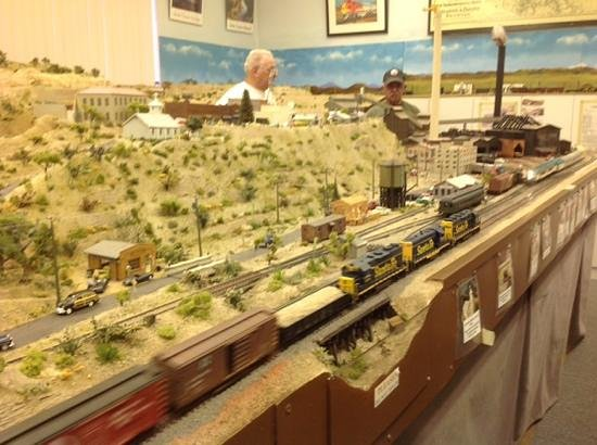 Clemenceau Heritage Museum: Trains are running
