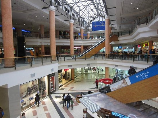 Mall Plaza de Los Rios