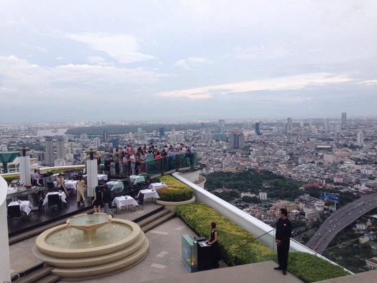 Tower Club at Lebua : Sky bar