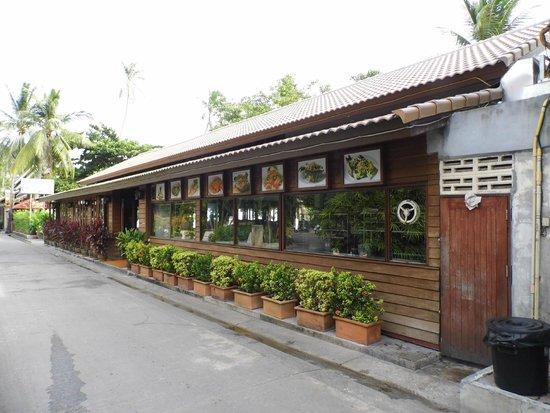 Smile House Resort: Restaurant
