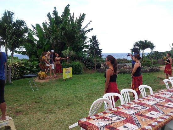 Chief's Luau : Pre-Luau activities included tattoos, headband braiding, hula lesson, and others