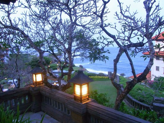 Hilton Bali Resort: hotel grounds view