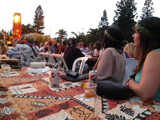 Chief's Luau : Opportunity to meet others and socialize with people from all parts of the world