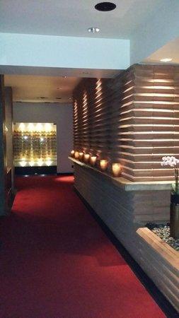 Hotel Valencia Riverwalk: Hotel Lobby