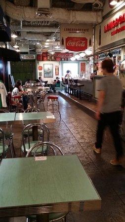 Odaiba: Aqua City: Vintage delight, throwback to 1950's America