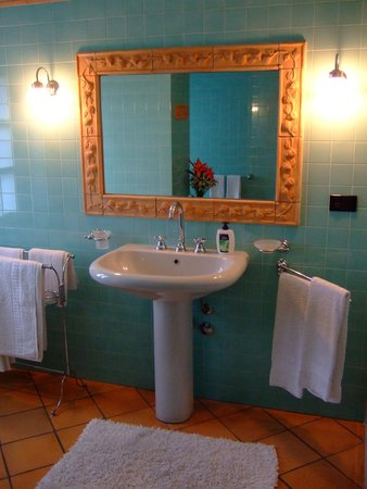 La Giribaldina: きれいな洗面台