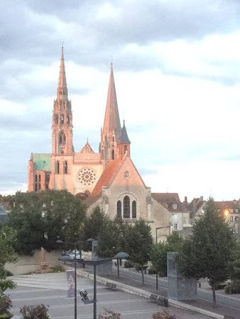 Mercure Chartres Centre Cathedrale: View from our room