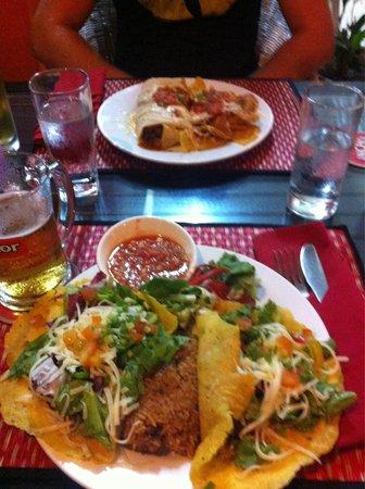 Viva Restaurant & Guesthouse : Viva viva viva!!!!! : )