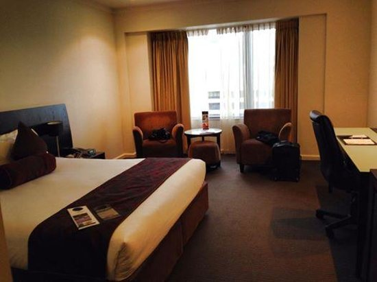 Hotel Grand Chancellor Adelaide on Hindley: My Room