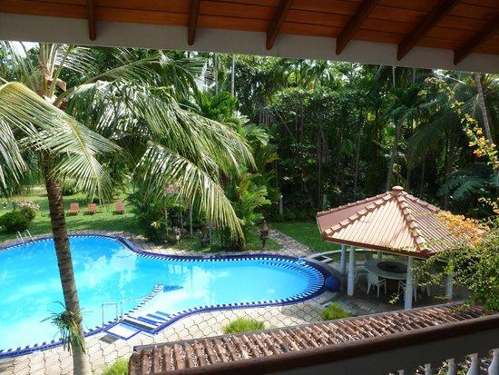 Ayubowan Swiss Lanka Bungalow Resort: Pool