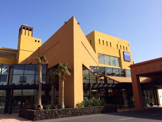 Occidental Jandia Playa: Outside of hotel