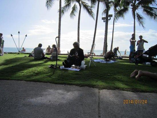 Ala Moana Beach Park: Beach picture