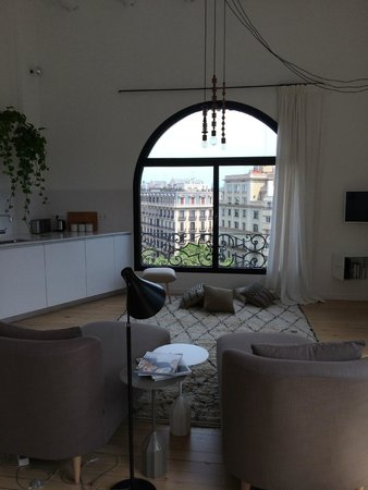 DestinationBCN Apartment Suites: view from the living area -- grand!