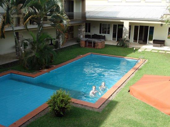 Urban by CityBlue Kampala, Uganda: Courtyard / pool