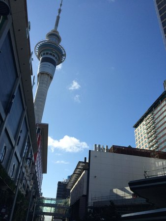Crowne Plaza Auckland: Sky Tower