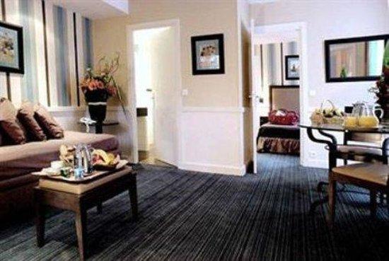 Photo of Hotel Elysees Union Paris