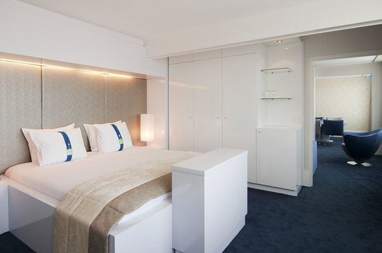 Holiday Inn Eindhoven: Our opulent Presidential Suite of 100 m2