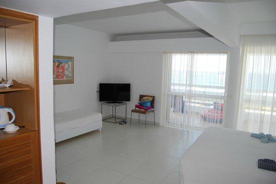 White Palace El Greco Luxury Resort: Refurbished seaview room