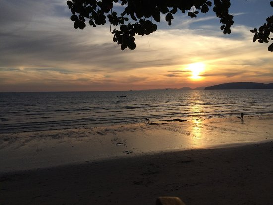 Beach Terrace Hotel Krabi: Aonang beach sunset at your sight in the hotel.
