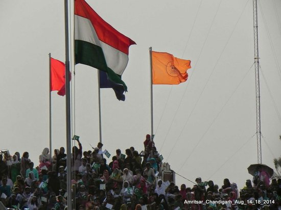 Wagah Border: Jai hind !!