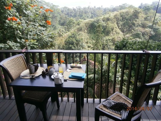 Anahata Villas & Spa Resort: Breakfast with a view