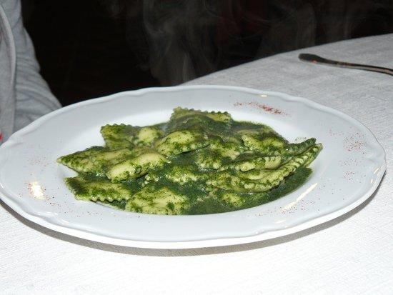 Hotel Ristorante Mulino Iannarelli: ravioli con pesto di ortica