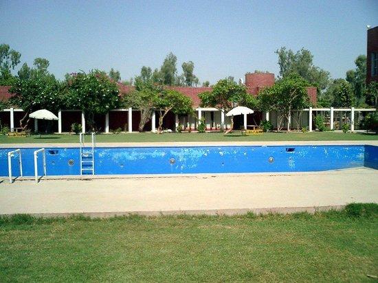 Sambara Hotel: Pool