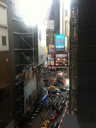 Night Times Square : Vistas desde la habitación ( mirando al time square) 😃