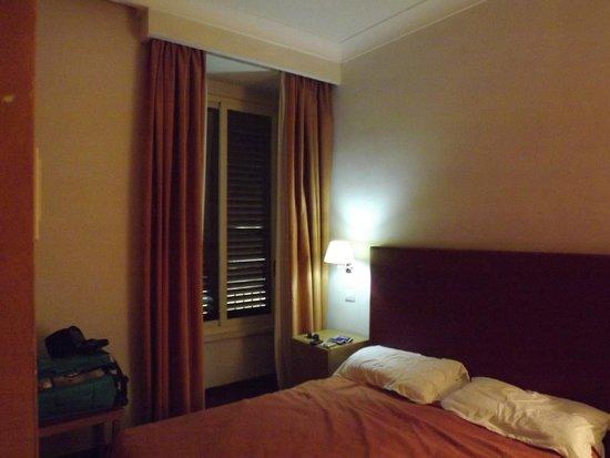 Hotel Galatea : VENTANA