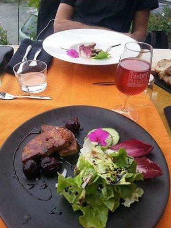 Taurinya, Fransa: Gigot d'agneau aux 2 cuisson et magret vinaigre balsamique