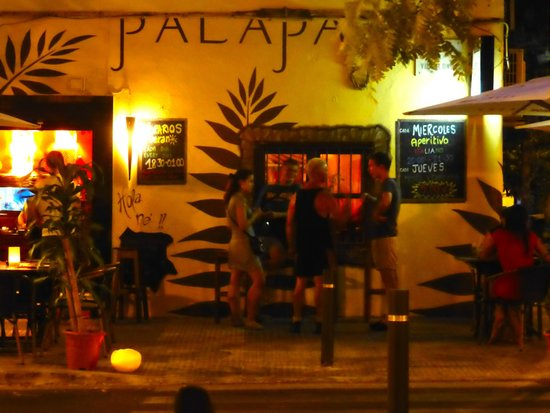 Palapa Restaurant & Bar : original, and nice to see from the terrace across the street
