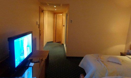 Hotel Sabri: chambre