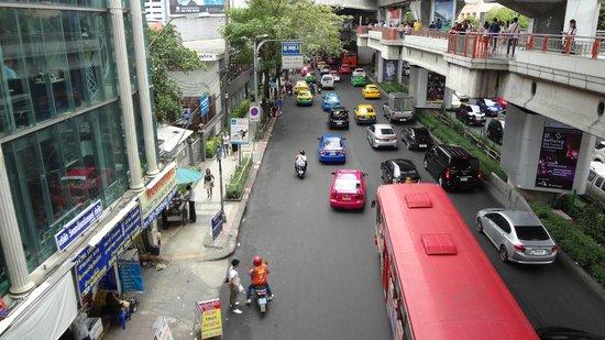 Victory Monument: la rue