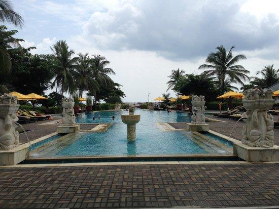 Angsana Bintan : Pool
