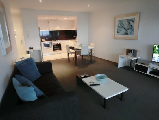 Mantra Circle on Cavill: living room and kitchen